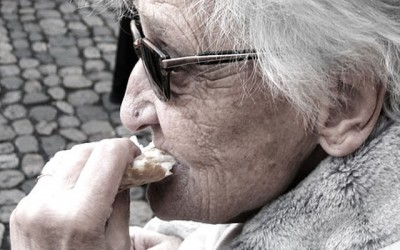 Alzheimer's may be linked to Gum Disease